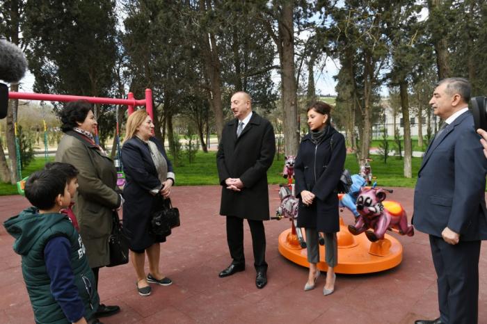 Ilham Aliyev a visité le Parc Neftchiler dans le bourg de Garatchoukhour
