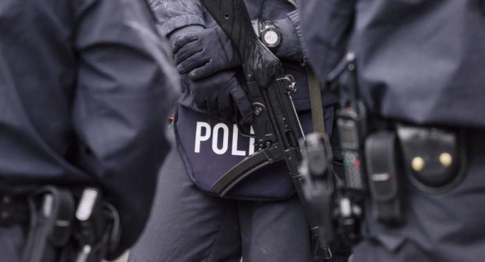 In Anschlagsserie verwickelt? Beamte beobachteten Polizisten bei Treffen mit Neonazi