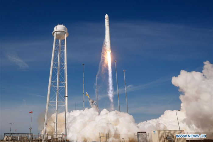 U.S. rocket launched to bring NASA cargo to ISS