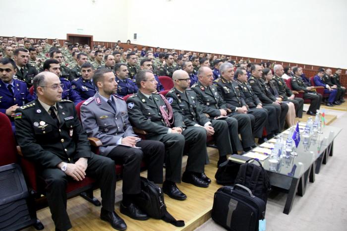 Director general of NATO's Int'l Military Staff visits Azerbaijani War College
