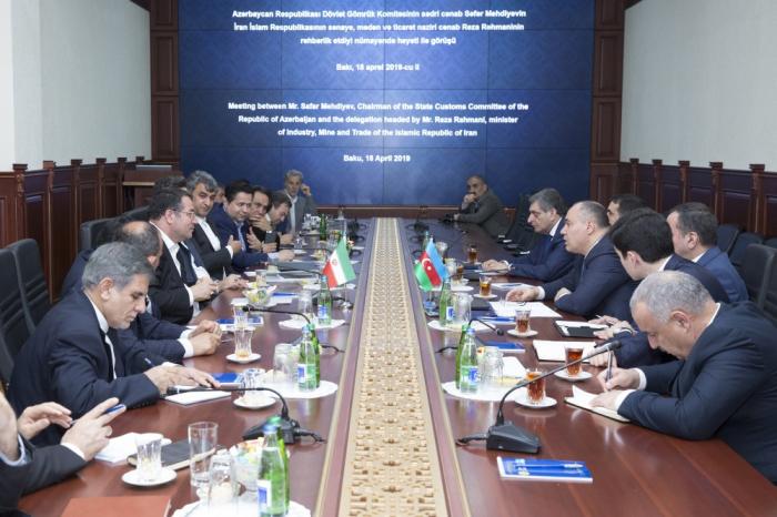 Les services douaniers de l'Azerbaïdjan et de l'Iran discutent des questions d'intérêt réciproque