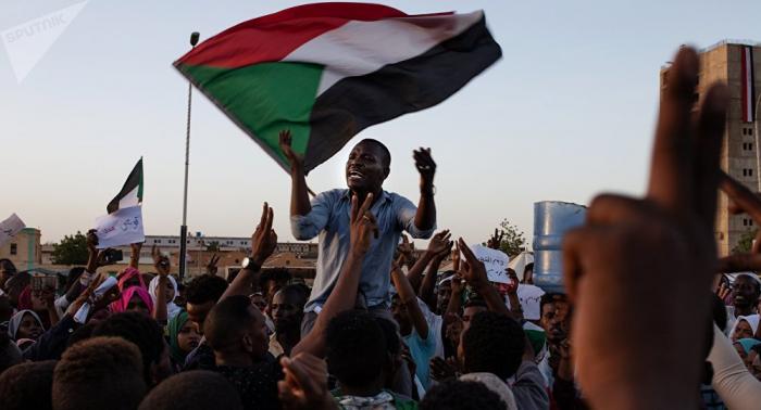 EEUU insiste en que la transición en Sudán sea liderada por civiles