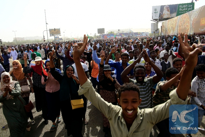 Blasting heat makes water a necessity for Sudan revolution-  NO COMMENT