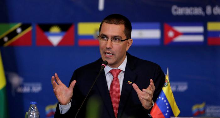 """Als """"legales Instrument"""" verkleideter Rechtsbruch – Caracas verurteilt """"Wirtschaftskrieg"""" der USA"""