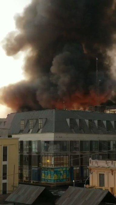 VIDEO: La limpieza de escombros tras el gran incendio de Lima durará un mes