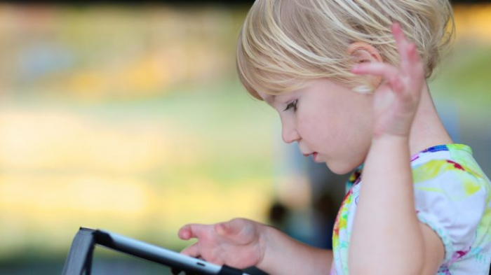 Children with more than two hours of screen time at risk of behavioural and attention problems