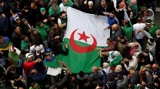 Algeria protests: Police