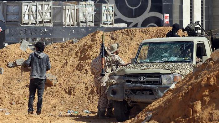 Rebellen mobilisieren Reserve-Einheiten