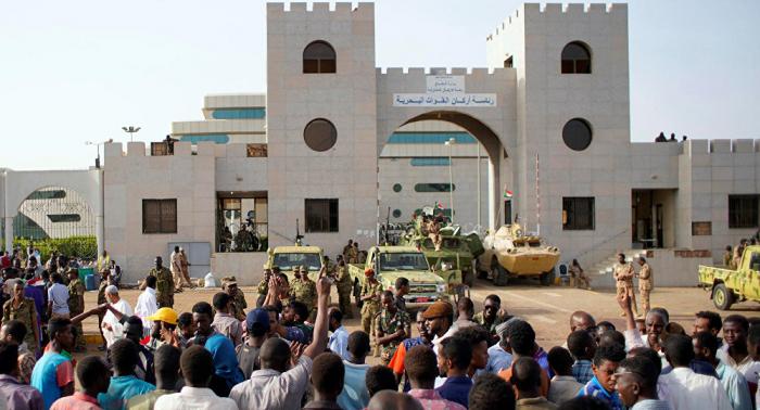 La Unión Interparlamentaria Árabe no contacta con el Consejo Militar de Sudán