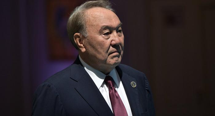 El expresidente kazajo pide apoyo para su sucesor en las elecciones anticipadas del 9 de junio