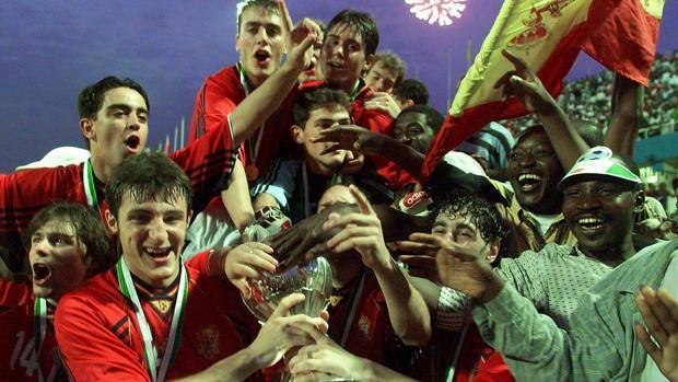 Qué fue de la generación que en 1999 ganó el primer Mundial para España