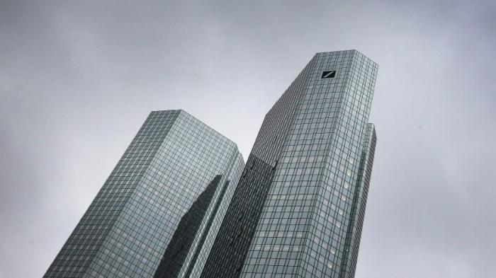 Deutsche Bank händigt offenbarTrumps Finanzunterlagenaus