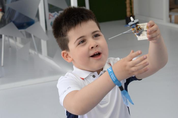 Bakı bulvarında dron və robot nümayişi - FOTOLAR