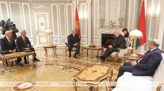 Azay Quliyev Aleksandr Lukaşenko ilə görüşüb