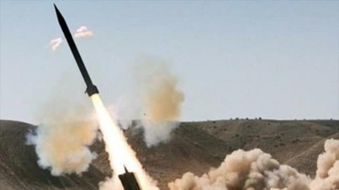 Ejército yemení ataca con una lluvia de misiles posiciones saudíes