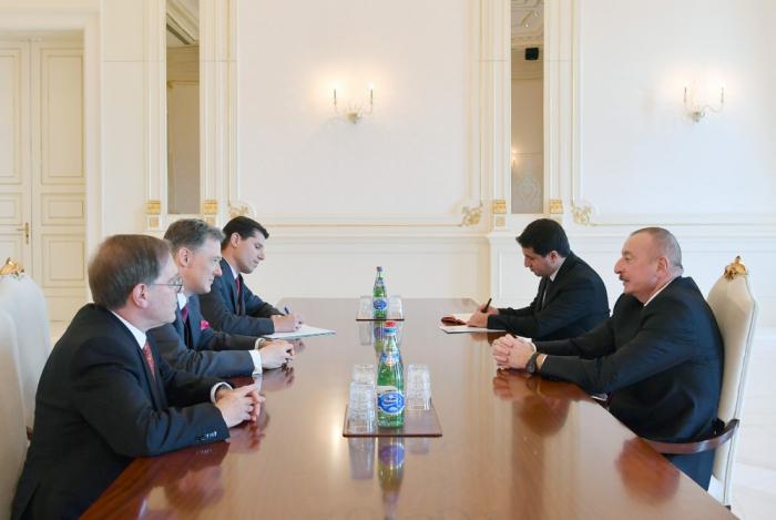 Presidente Aliyev recibe al asesor del Subsecretario de Estado de los Estados Unidos-  Actualizado