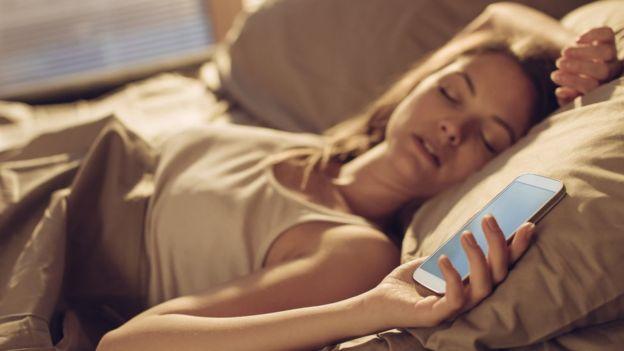 """ست خرافات عن النوم """"تدمر صحتنا ومزاجنا"""""""