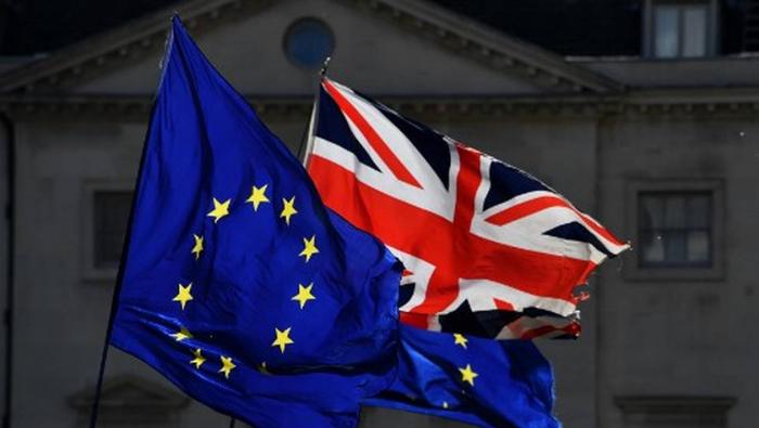 Grande-Bretagne: le Parlement européen approuve l