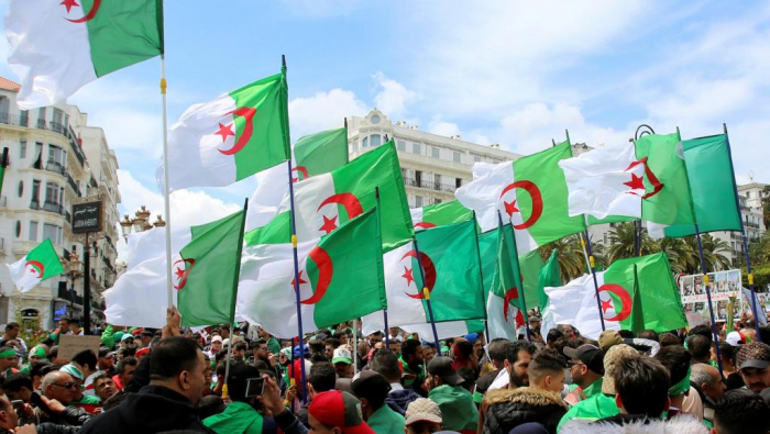 Algérie:   encore une visite ministérielle empêchée par des manifestants