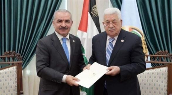 الحكومة الفلسطينية تؤدي اليمين