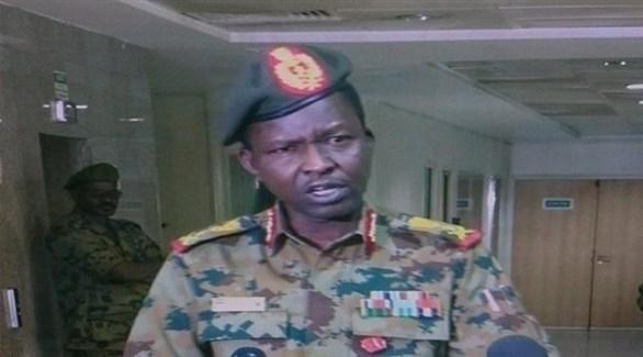 """العسكري الانتقالي"""" السوداني يُقصي حزب البشير ويصادر مقاره"""