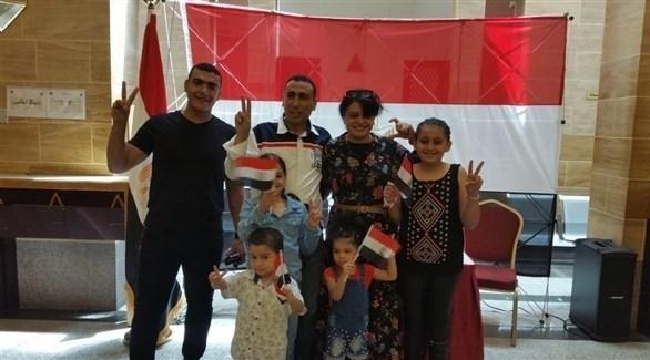 مصر: بعثة جامعة الدول العربية تتابع إجراءات الاستفتاء