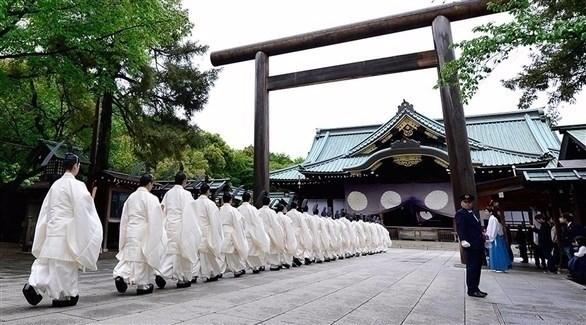 اليابان: آبي يرسل قرباناً إلى ضريح ياسوكوني المثير للجدل