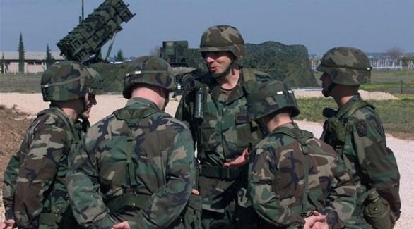 سيناتور أمريكي لا يستبعد نقل واشنطن أسلحتها من قاعدة إنجرليك التركية إلى اليونان