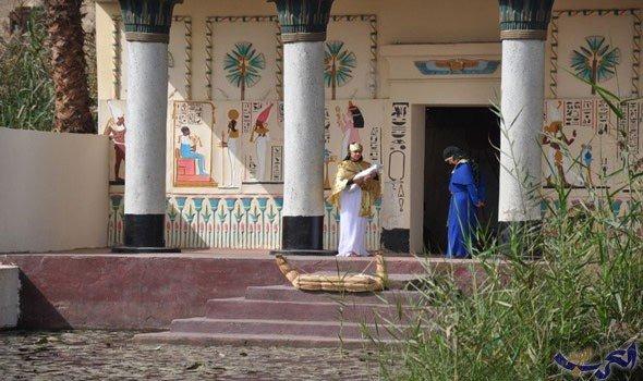 """القرية الفرعونية في مصر تحتفل بمرور 35 عامًا على إنشائها بـ""""عروض فلكلورية"""""""