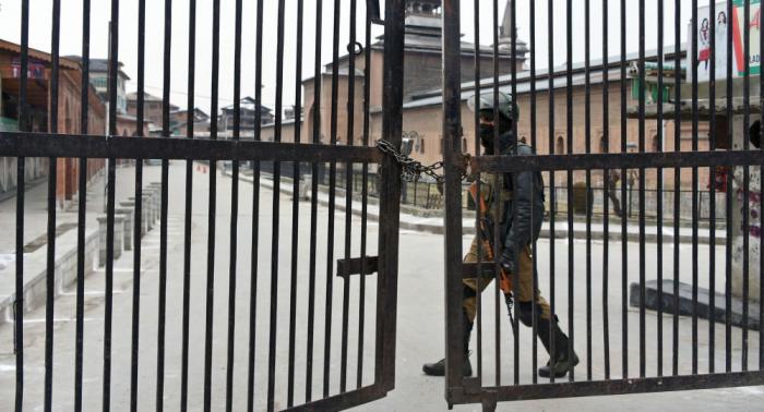الهند توقف التجارة الحدودية عبر إقليم كشمير مع باكستان