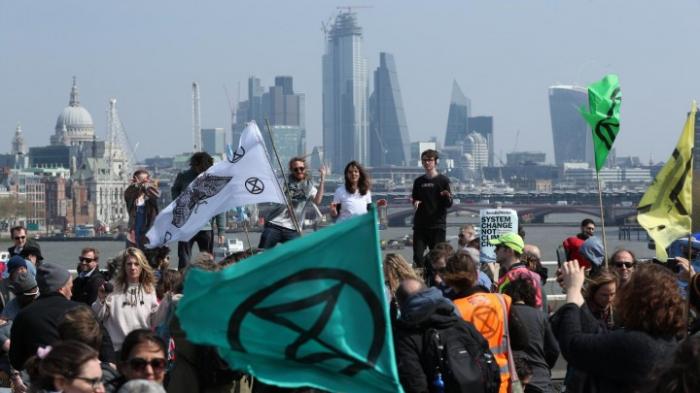 Polizei nimmt weitere Umweltaktivisten fest