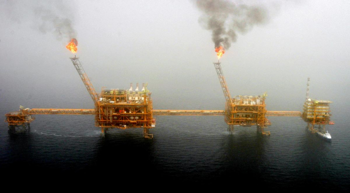 U.S. prepares to end Iran oil waivers, triggering price spike