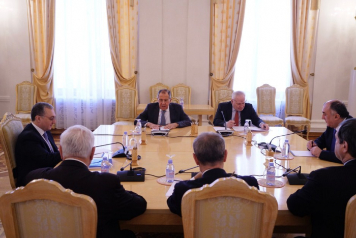 المحادثات حول كاراباخ في موسكو - صورمن اجتماع الوزاراء