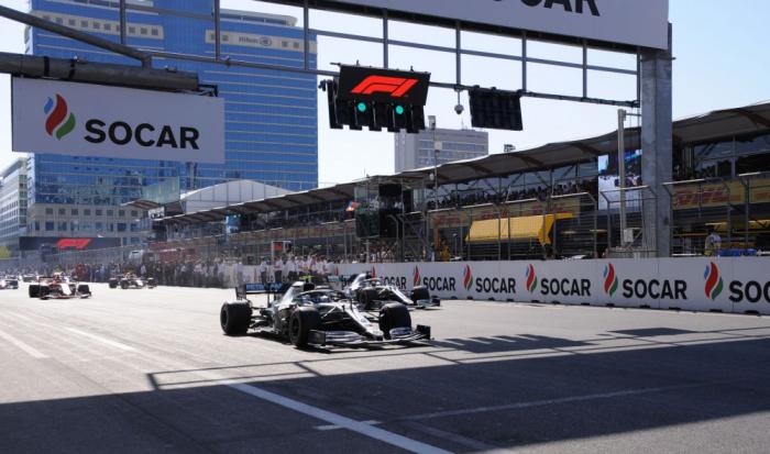 Comienza el Gran Premio de Fórmula 1 de SOCAR Azerbaiyán 2019 en Bakú