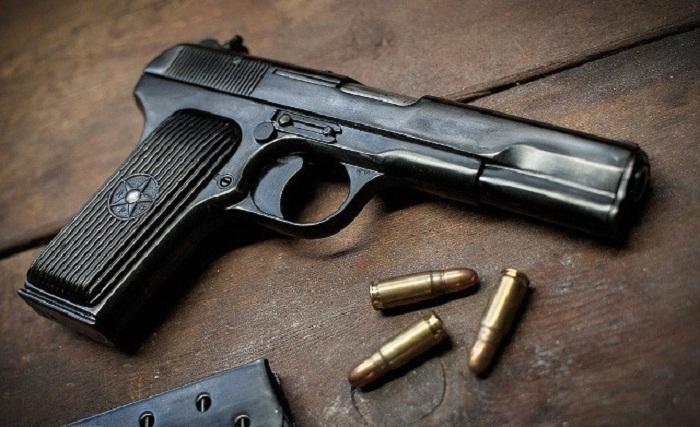 Qanunsuz saxlanılan silahlar götürülüb