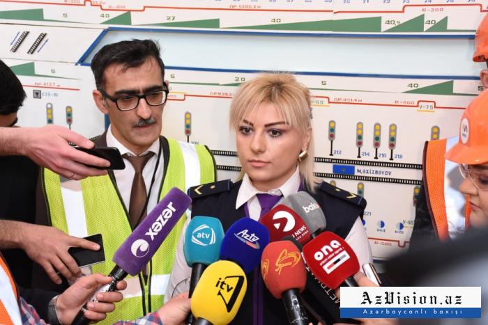 Bakı metrosu tarixində ilk: Qadın maşinist işə götürülüb - FOTO
