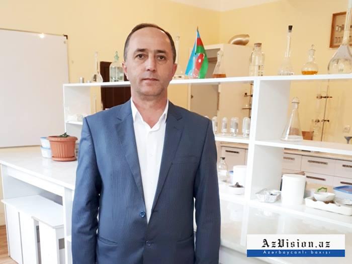 """430 manat təqaüd alan 50 yaşlı tələbə: """"Aldığım pulu ailəmə göndərirəm"""""""