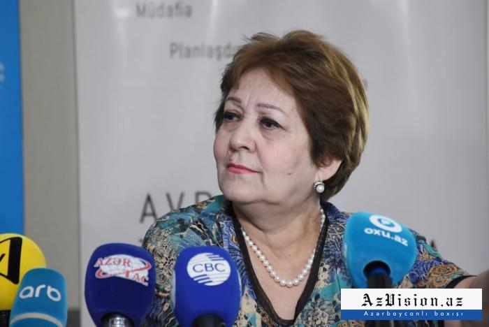 """""""Hər il 10 minə yaxın insan peyvənd olunur"""" - Afaq Əliyev"""