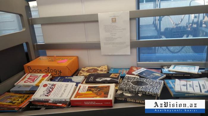 Bakı-Sumqayıt qatarında kitabxana yaradıldı - FOTO