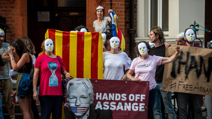 Wikileaks accuses Ecuadorian embassy of 'Extensive spying operation' against Assange