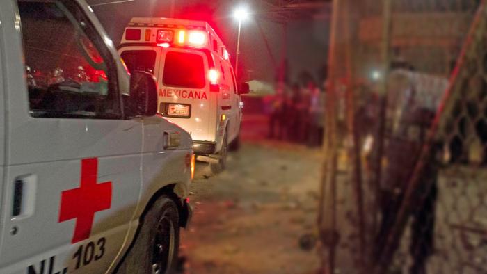 Dos paramédicos de la Cruz Roja podrían pasar 21 años en la cárcel por robar un reloj Rolexa un joven asesinado en México