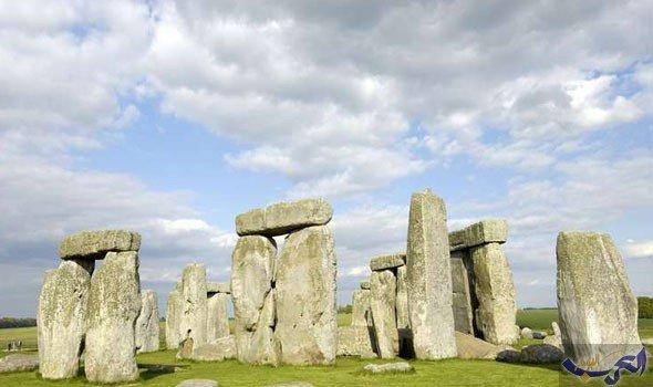 """علماء يتوصلون إلى بناة نصب """"ستونهنج"""" الشهير في بريطانيا"""