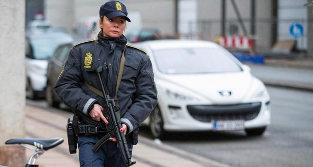 1 killed, 4 injured in shooting in Denmark capital