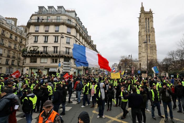 France / «Gilets jaunes»:  60.000 policiers et gendarmes samedi