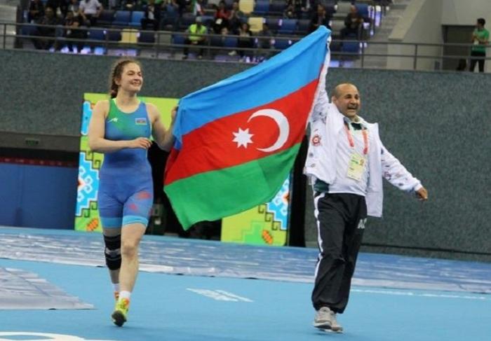 Daha bir idmançımız Buxarestdə medal qazandı