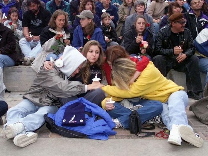 Des écoles américaines, dont le lycée Columbine, en état d'alerte après des menaces