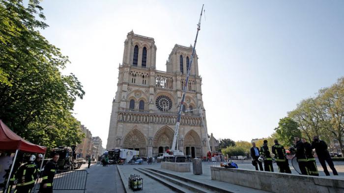 ¿Hay que restaurar Notre Dame como era o darle un