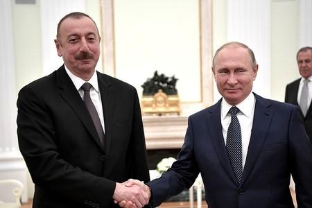 Putin y Aliyev se reunirán en Pekín