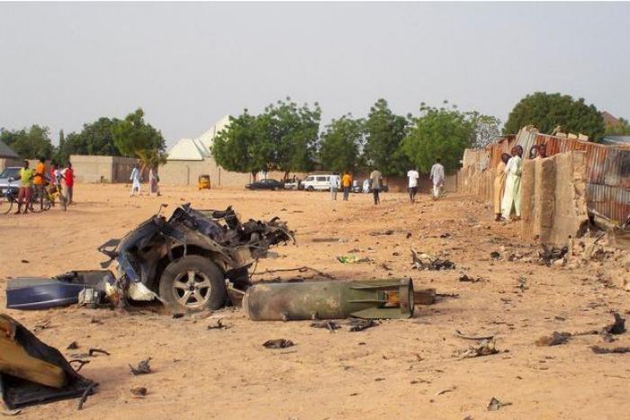 Des membres de Boko Haram attaquent une base militaire nigériane