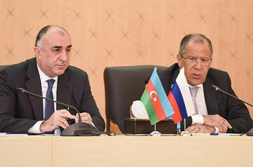 Cancilleres de Azerbaiyán y Rusia se reúnen en Moscú